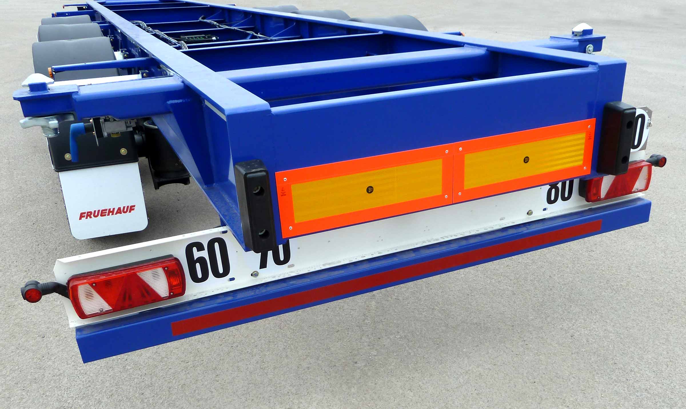porte-conteneurs-CAMO-45-fruehauf